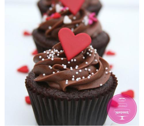 Капкейки Праздничные Шоколадные с сердцами