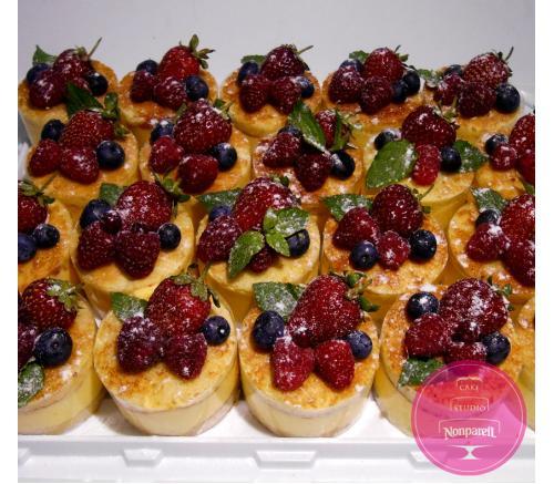 Пирожные Заказные Ягодные