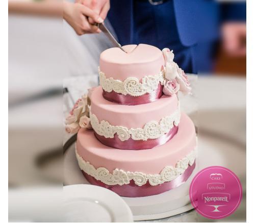 Торт Свадебный Вензеля и розы
