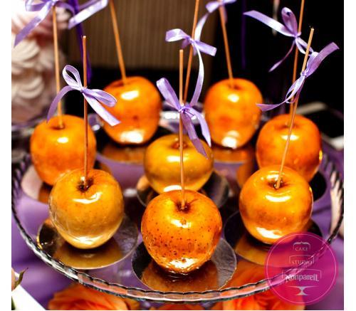 Яблоки в карамели для любимых