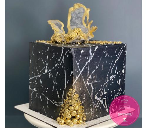 Торт Праздничный Черный с золотом