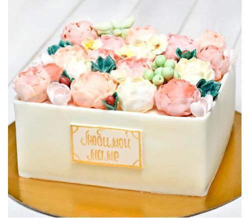 Торт Праздничный Коробка с пионами