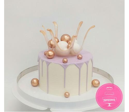 Торт Праздничный с Вазой и шарами